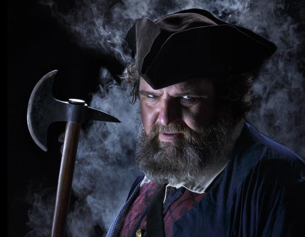 Dan Harding as Blackbeard